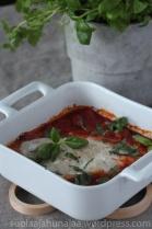Kuhaa tomaattikastikkeessa